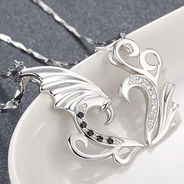 Heart-Shaped Pendant Necklace Necklaces