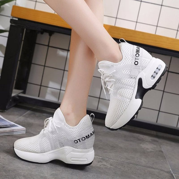 Lace-Up Platform Low-Cut Upper Round Toe Casual Mesh Sneakers