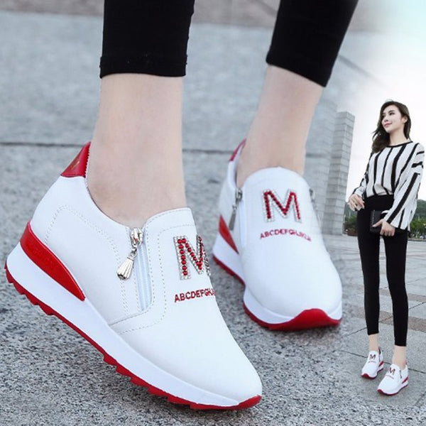 Round Toe Low-Cut Upper Zipper Plain Casual Sneakers
