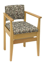 Deluxe-Commode-Chair Tapestry
