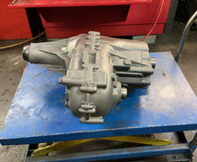 Load image into Gallery viewer, 2011 UP CHEV GMC REBUILT TRANSFER CASE MP1225 FITS 6L90 29 SPLINE No Core Charge