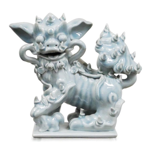 7113-1631P-10GY A710201 Pair of Hand-Painted Porcelain Lions in Grey (10L X 5W X 9H)
