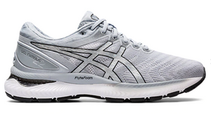 Asics Nimbus 22 running shoes