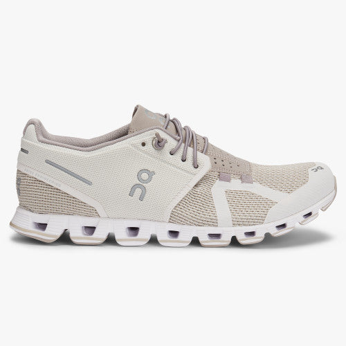 on cloud 2.0 running shoes