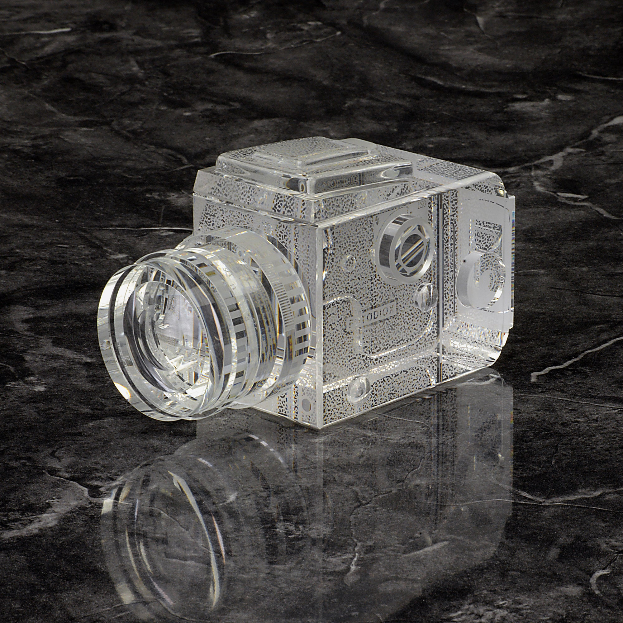 Crystal Glass Replica Hasselblad Camera