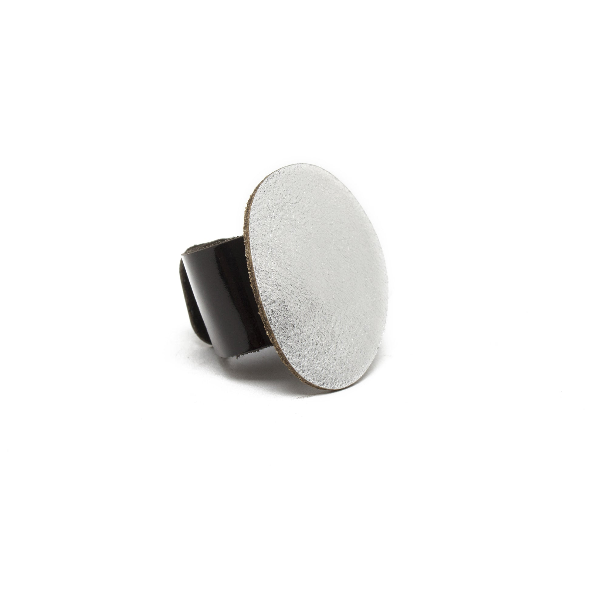 Interchangeable Leather Ring | Getty Store