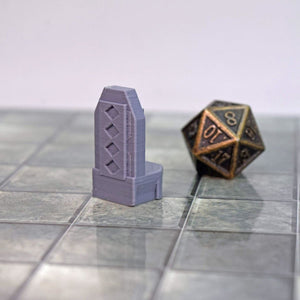 Dwarven Table and Chairs - FDM Print - Hayland Terrain