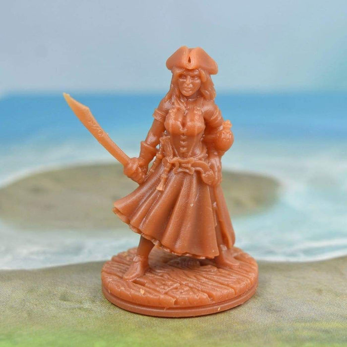 Resin Miniature - Female Pirate Captain