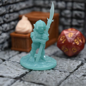 Resin Miniature - Goblin with Glaive - Resin Print - Fat Dragon Games