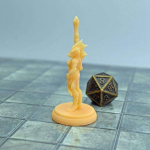 Resin Miniature - Standing Female Dragonborn - Resin Print - Lost Dragons