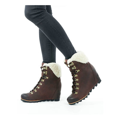 Conquest™ Wedge Shearling Boot WOMEN - Footwear - Casuals SOREL Teskeys
