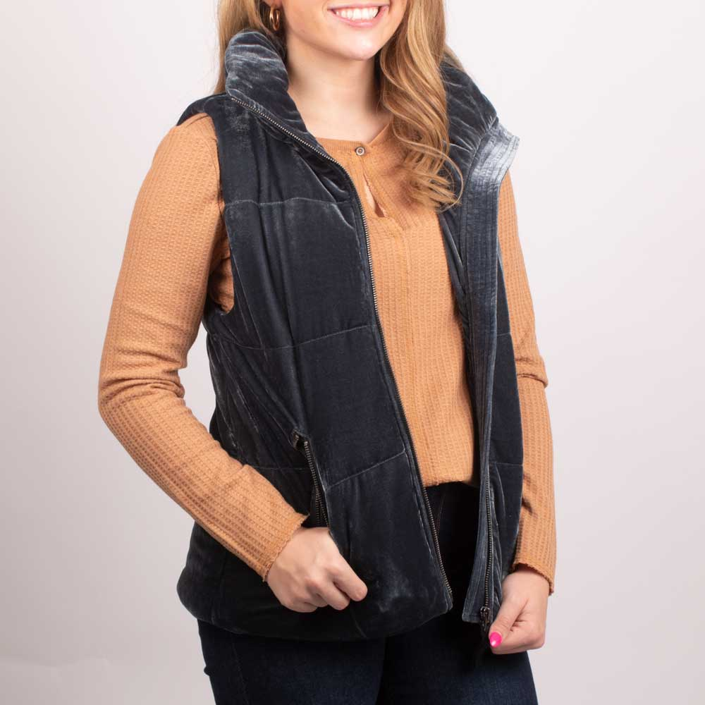 Dylan Blue Vintage Puffer Vest WOMEN - Clothing - Outerwear - Vests DYLAN Teskeys