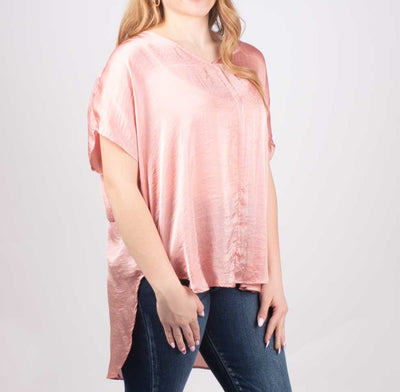 Aunt Wanda V-Neck Long Tail Shirt WOMEN - Clothing - Tops - Short Sleeved Aunt Wanda Teskeys