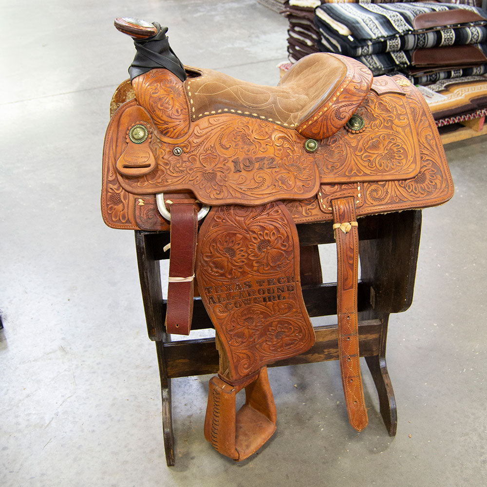 "13.5"" USED THE COWBOY STORE ROPING SADDLE Saddles - Used Saddles - ROPER The Cowboy Store Teskeys"