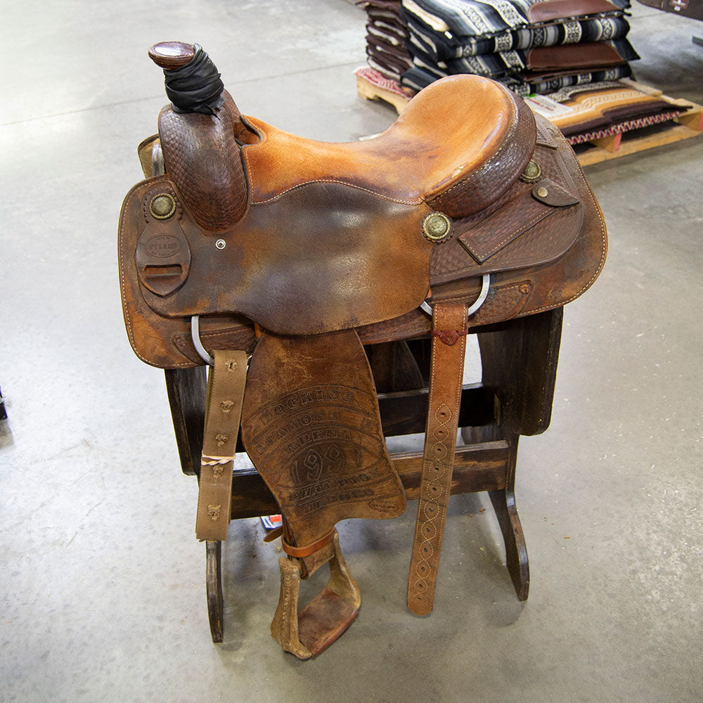 "15.5"" USED PILAND ROPING SADDLE"