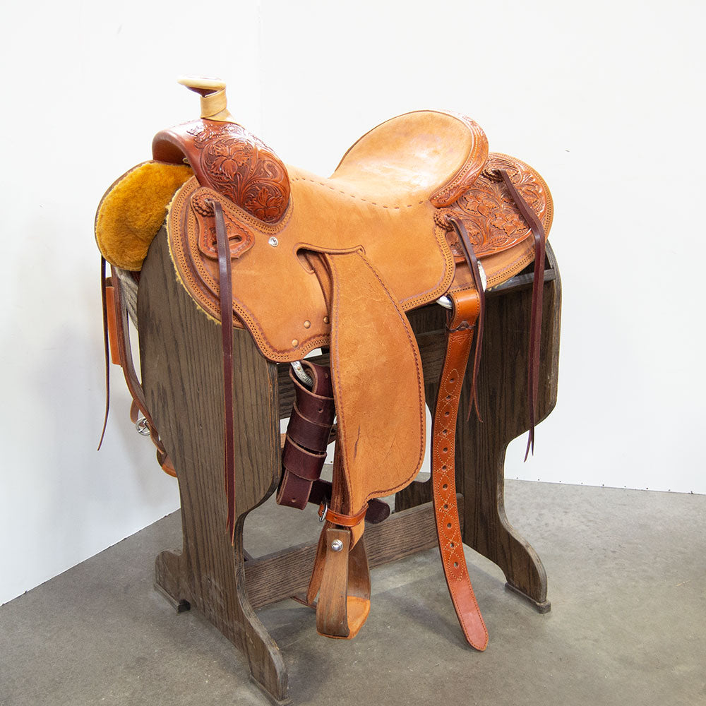 "15.5"" USED OLIVER SEAT RIG RANCH SADDLE"