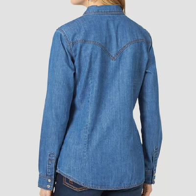 Wrangler Women's Western Snap Denim Shirt WOMEN - Clothing - Tops - Long Sleeved WRANGLER Teskeys
