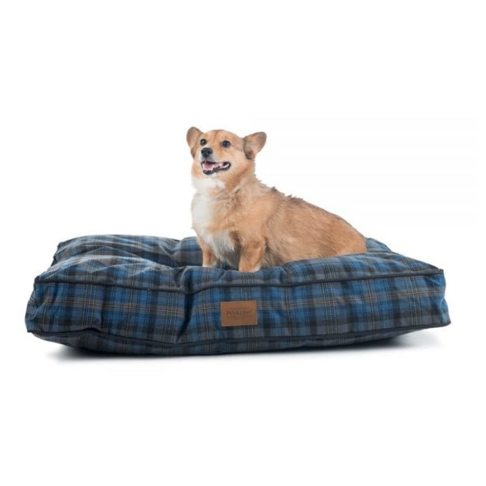 Pendleton Pet Crescent Lake Plaid Pet Napper FARM & RANCH - Animal Care - Pets - Accessories - Kennels & Beds PENDLETON Teskeys