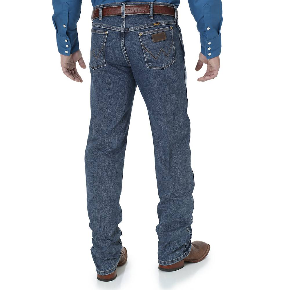 Wrangler Premium Performance Advanced Comfort Cowboy Cut® Regular Fit Jean