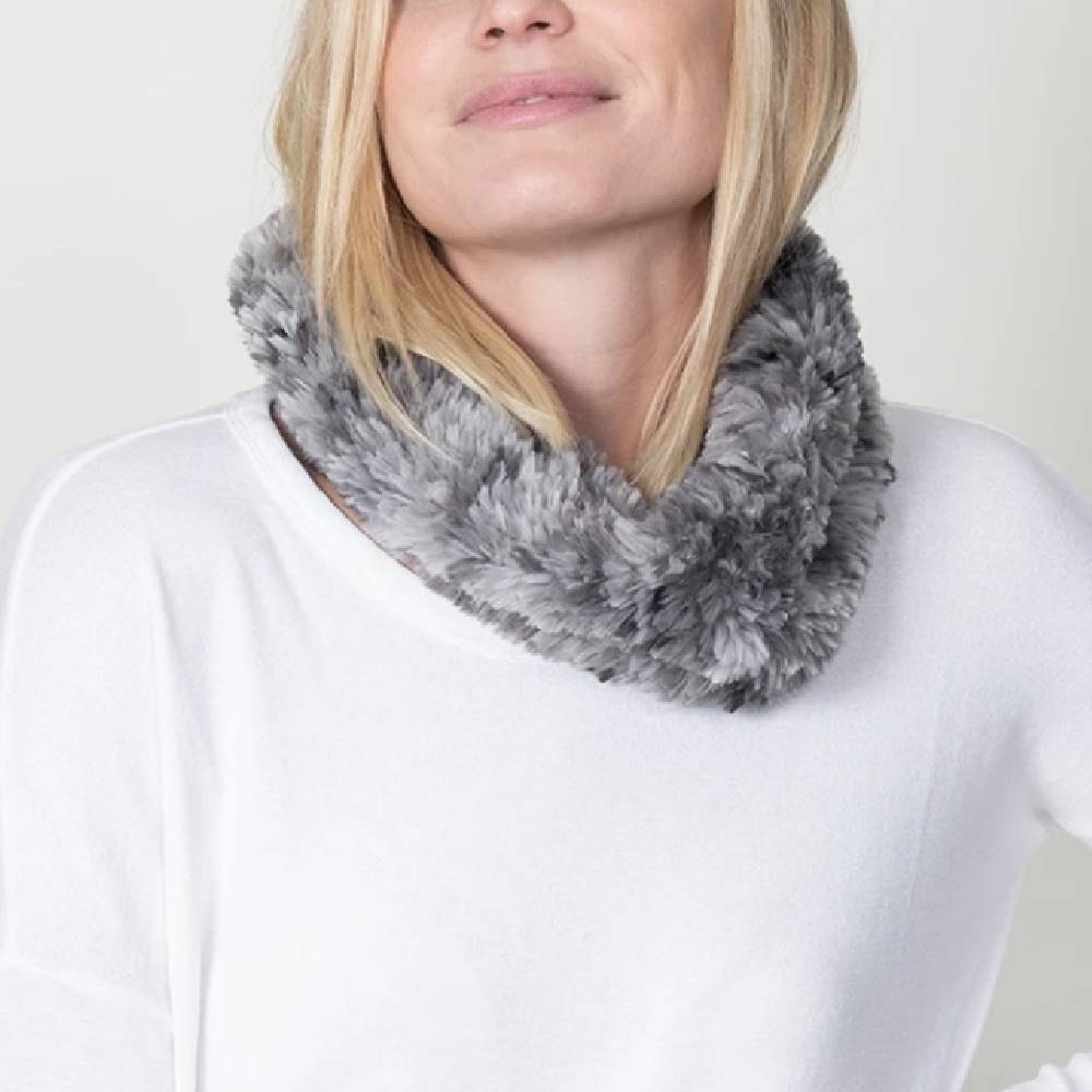 Dylan Knit Fur Neck Warmer-Heather Grey ACCESSORIES - Additional Accessories - Wild Rags & Scarves DYLAN Teskeys