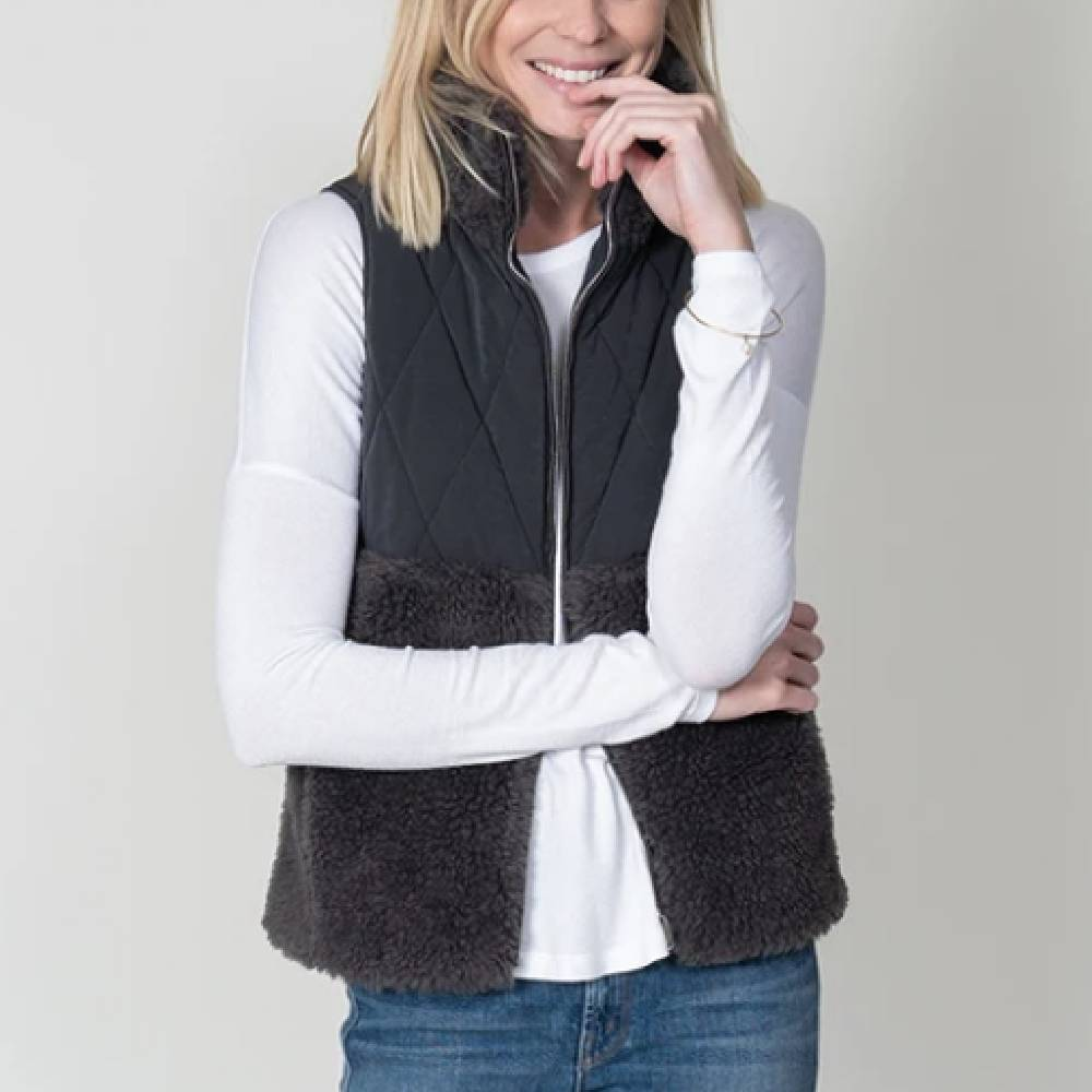 Dylan Powder Puff Vest WOMEN - Clothing - Outerwear - Vests DYLAN Teskeys