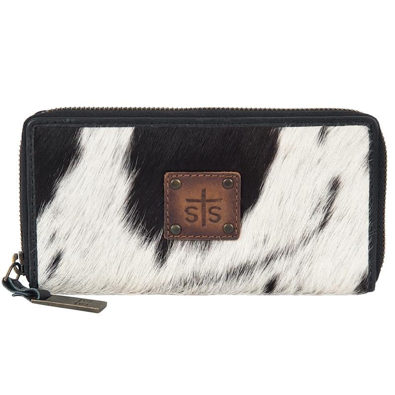 STS Ranchwear Cowhide Bi-Fold Wallet WOMEN - Accessories - Handbags - Wallets Teskeys Teskeys