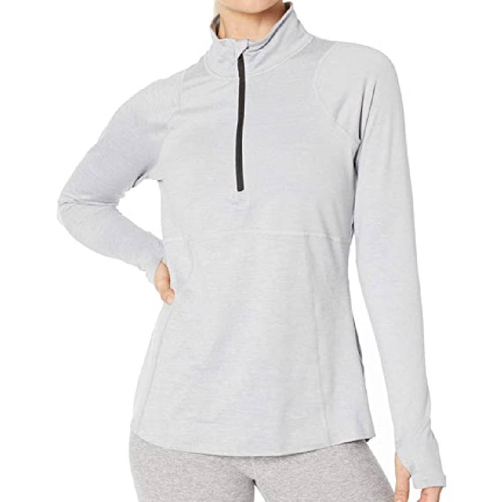 The North Face Essential 1/2 Zip Pullover WOMEN - Clothing - Outerwear - Jackets The North Face Teskeys