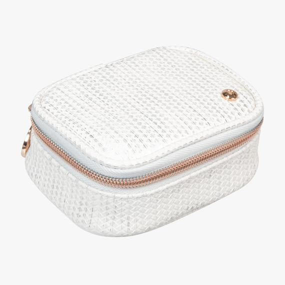 Stephanie Johnson Aruba White Travel Accessories