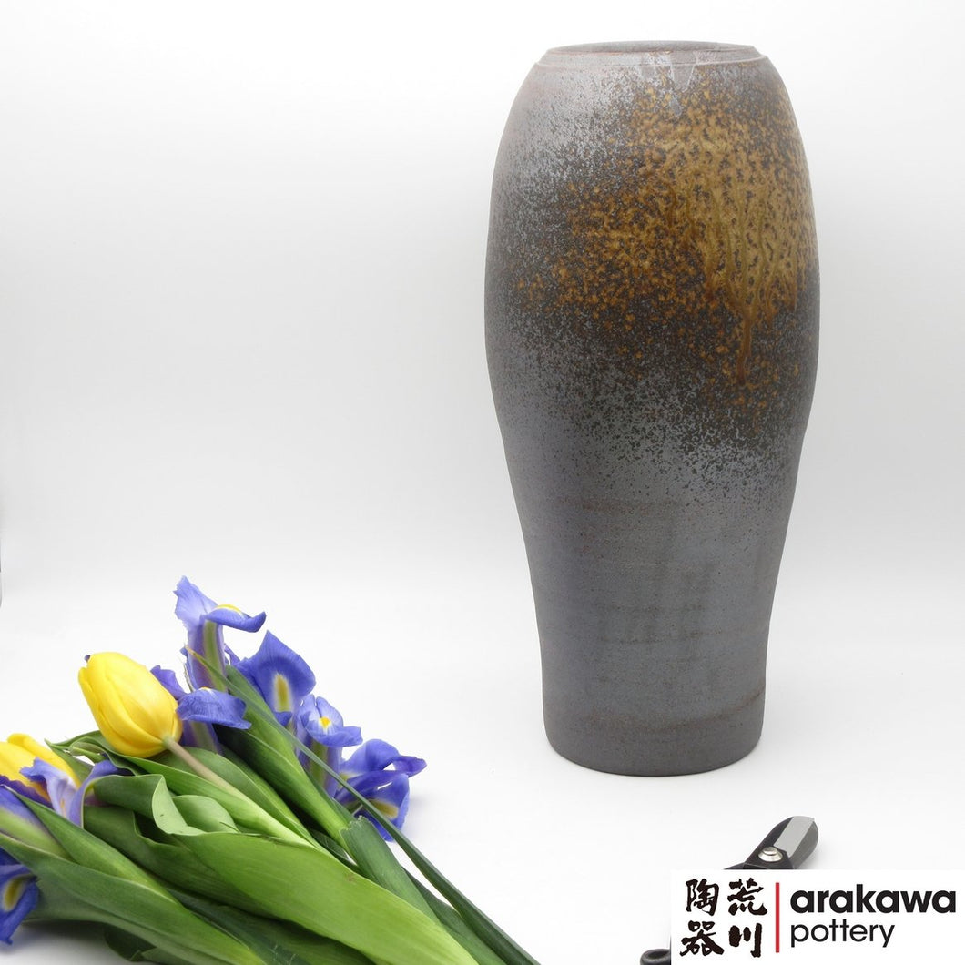 Shino & Wood Ash Glaze Nageire Vase Ikebana container made of Dark Brown Stoneware by Thomas Arakawa at Arakawa Pottery