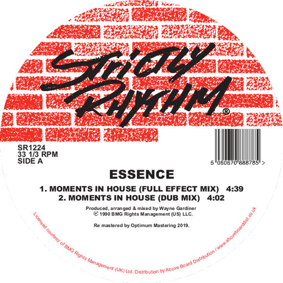 ESSENCE - Moments In House