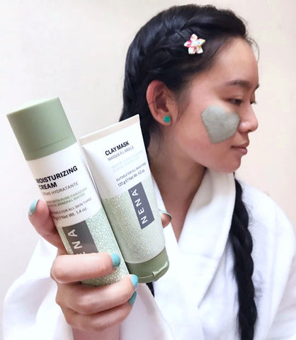 Influencer @ajthetechnologist using the NENA Clay Mask and NENA Moisturizing Cream