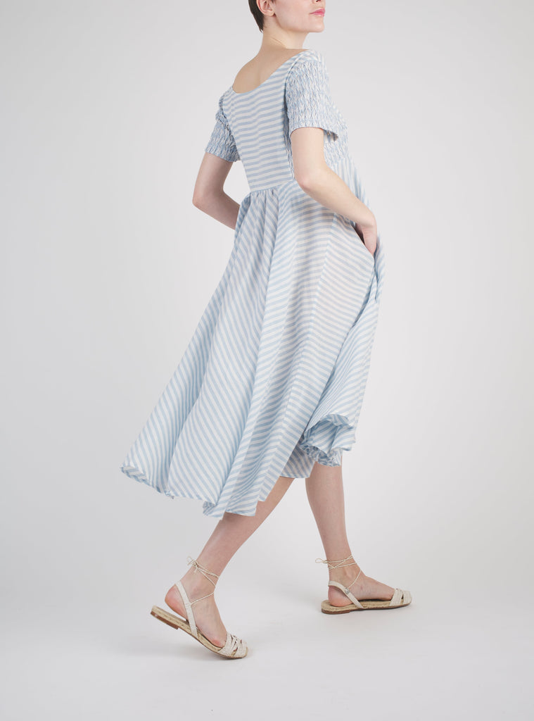 ROMY SHORT FADED WOVEN STRIPES BLUE ON WHITE