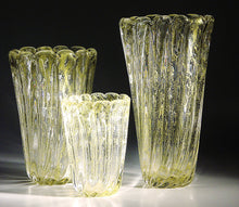 Load image into Gallery viewer, AURATI Murano Glass Vase