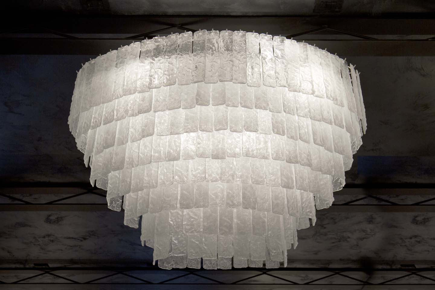 ICE Murano Glass Plate Chandelier
