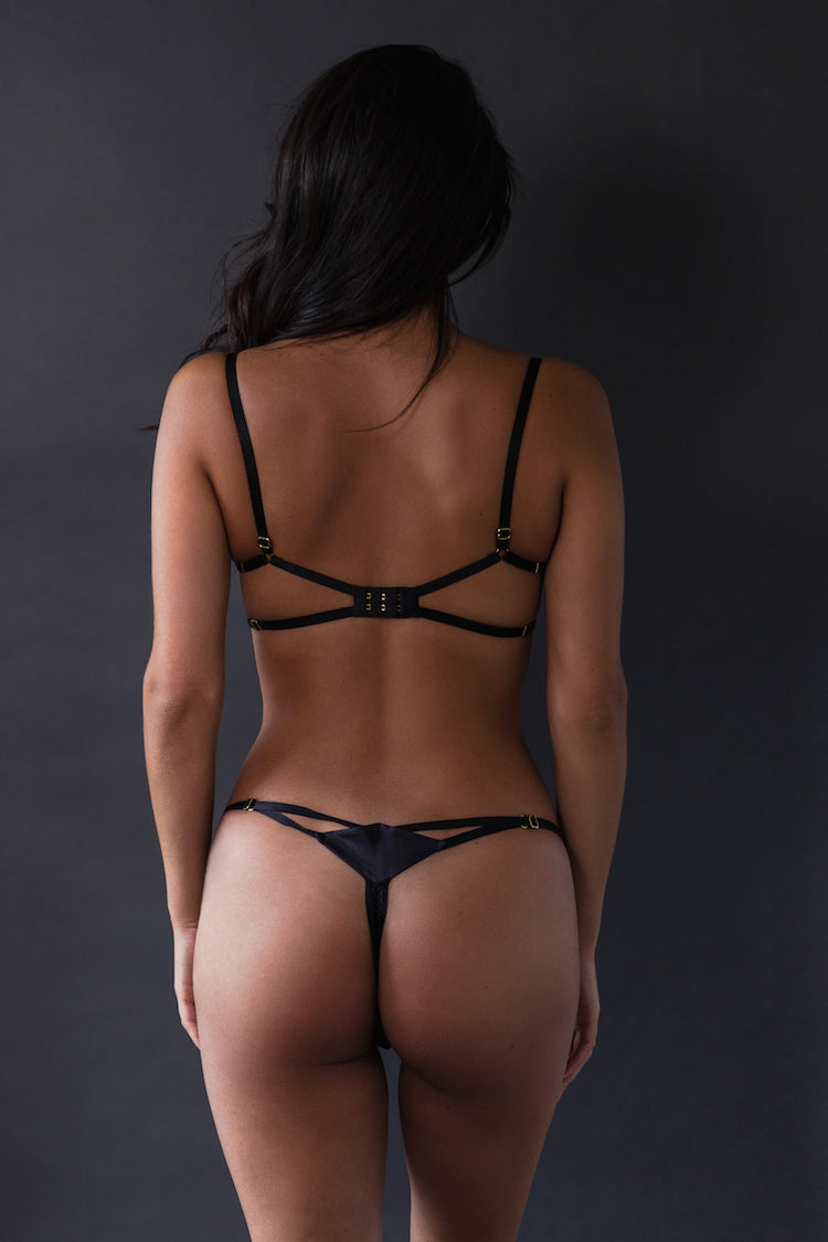Diamond Silk Bra Black & Diamond Silk Thong Black - Ludique - Anya Lust