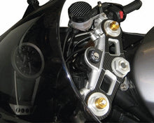 Laden Sie das Bild in den Galerie-Viewer, JOllify #083 Carbon Cover Cover für Triumph Daytona 675 2006-2008 D67LC - Team-JOllify