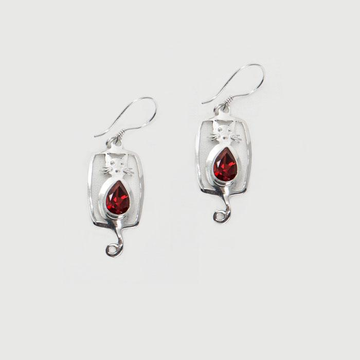 Silver Garnet Cat Earrings | Cat Earrings