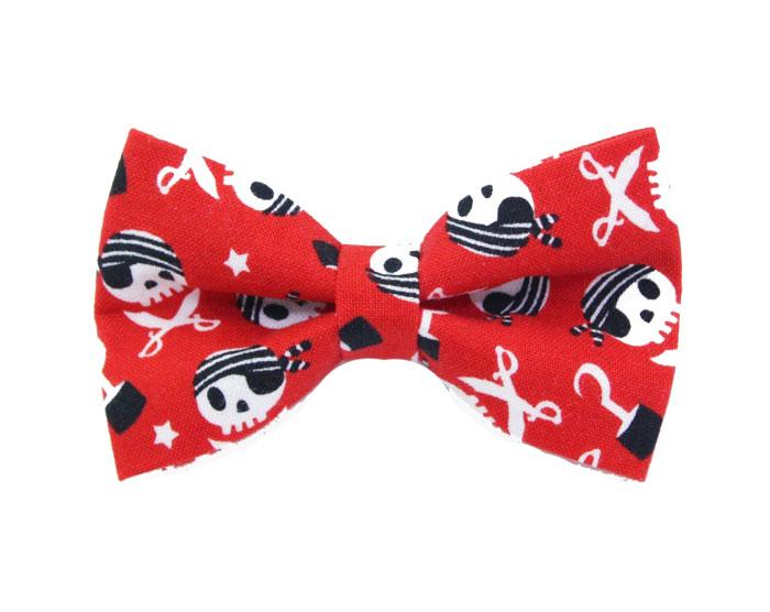 Pirate Bow Tie - Swashbuckler Skulls
