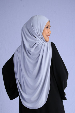 Tudung Aisha Munawwarah ~ Lycra Light Grey