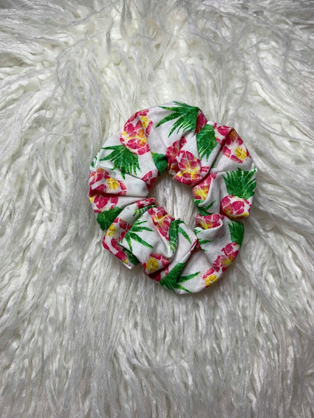 Pineapple Scrunchie