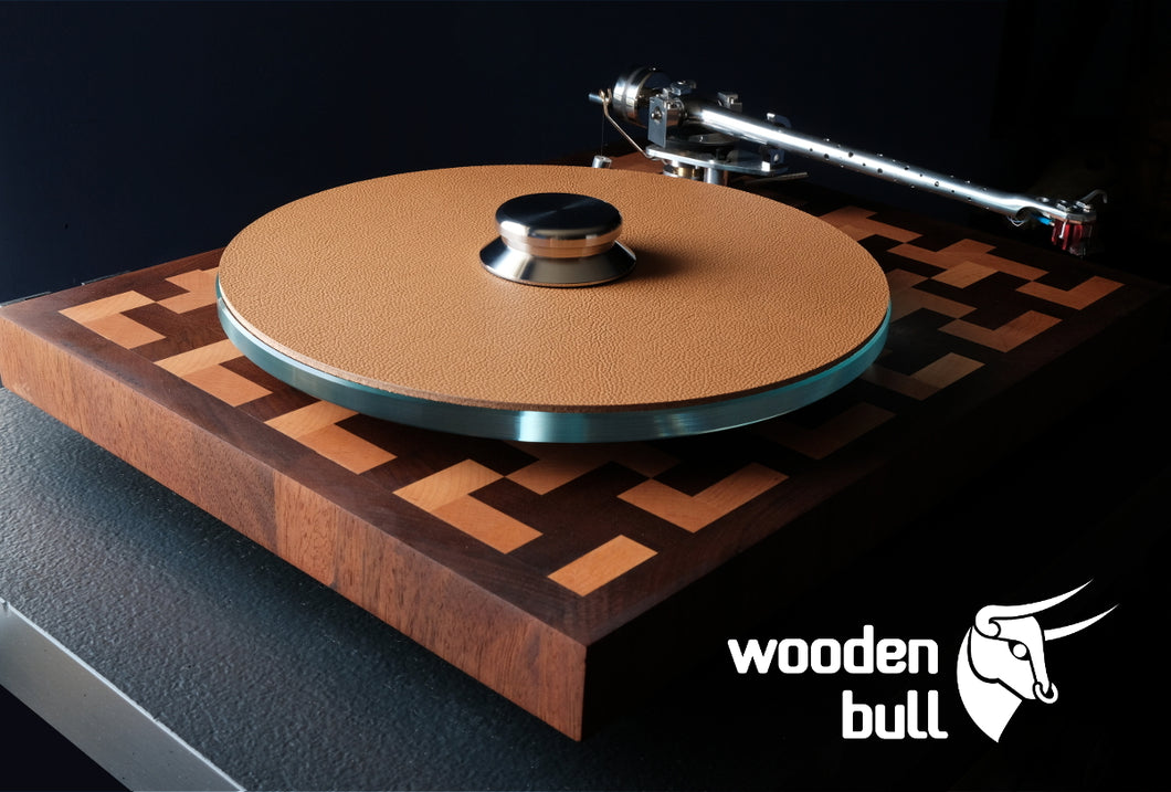 Wooden Bull - Retro Tan - Shipping Worldwide €7,50