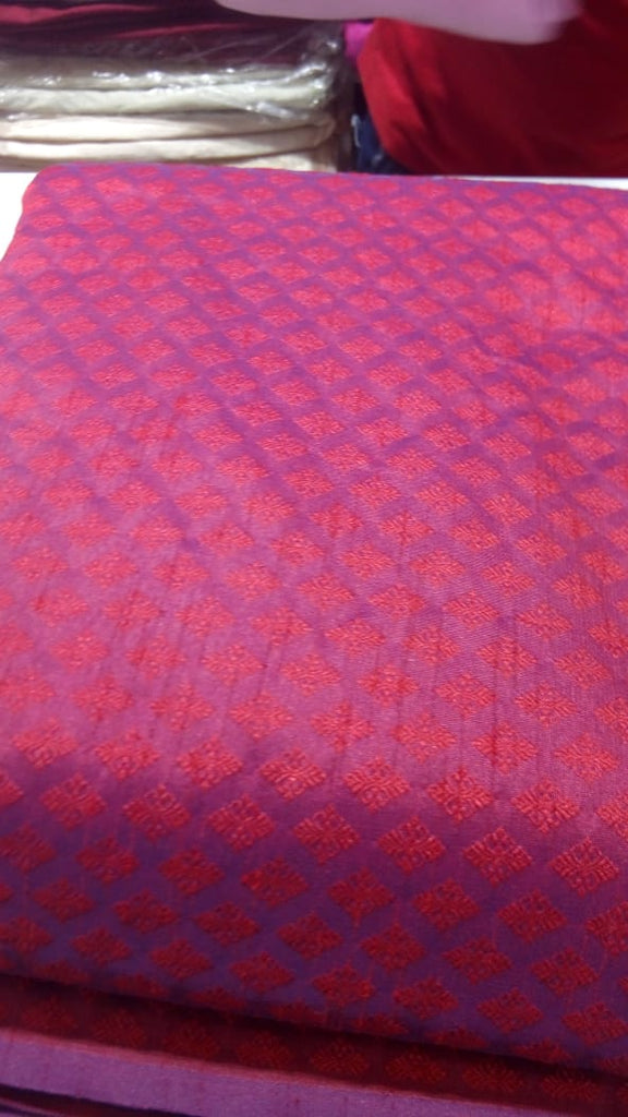 FM01_Cotton and jerry broked Purple Prints Fabric
