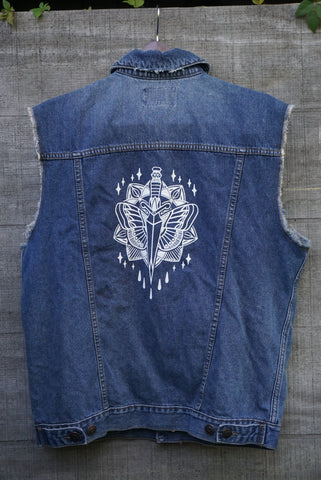 Dagger Cut Off Vest