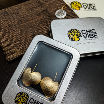 Chic Vibe Rossi's Heart Earrings