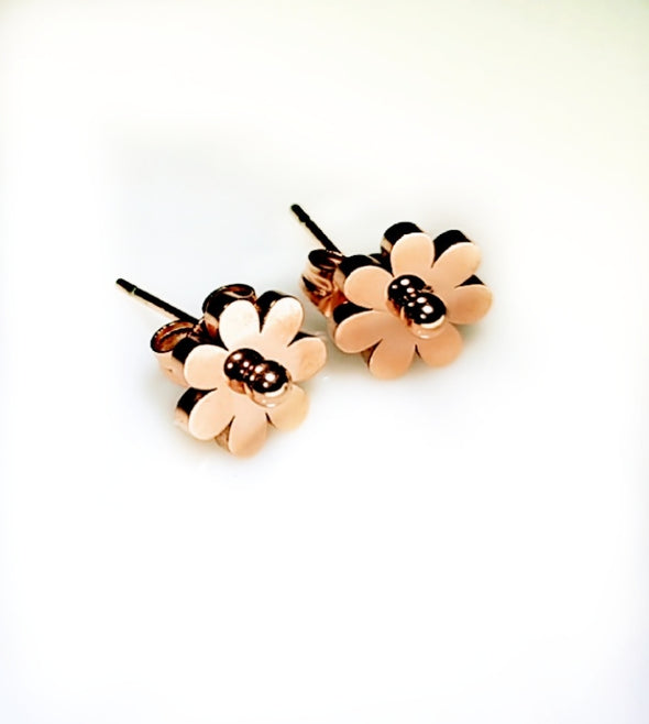 Chic Vibe Rosette Earrings
