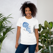 Load image into Gallery viewer, Blue Jellies Tee - Unisex - Scuba Sisters Diving Apparel