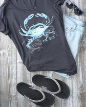 Load image into Gallery viewer, Crab T Shirt and Shorts Outfit for Beach