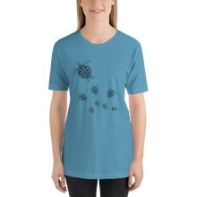 Load image into Gallery viewer, Turtle Crossing Tee - Unisex - Scuba Sisters Diving Apparel
