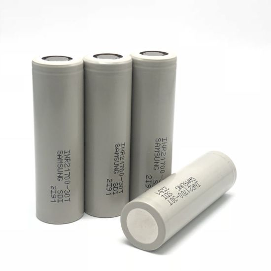 Samsung 30T INR 21700 3000mAh 3.7V Unprotected High-Drain 35A Lithium Ion Battery