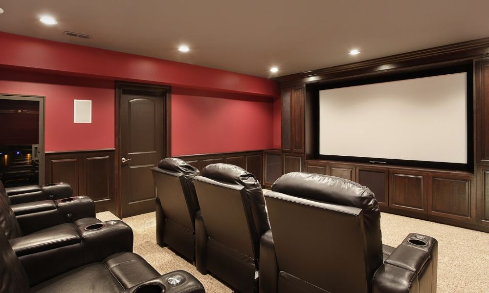4 Ways to Improve Your Home Theater Experience